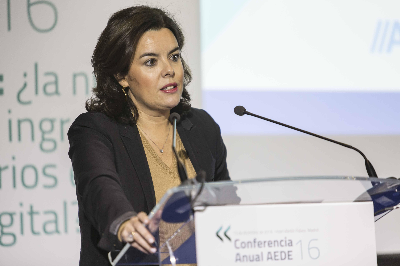 """Sáenz de Santamaría: """"en la era digital, la prensa debe seguir apostando por la credibilidad"""""""
