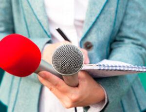 Mujer periodista